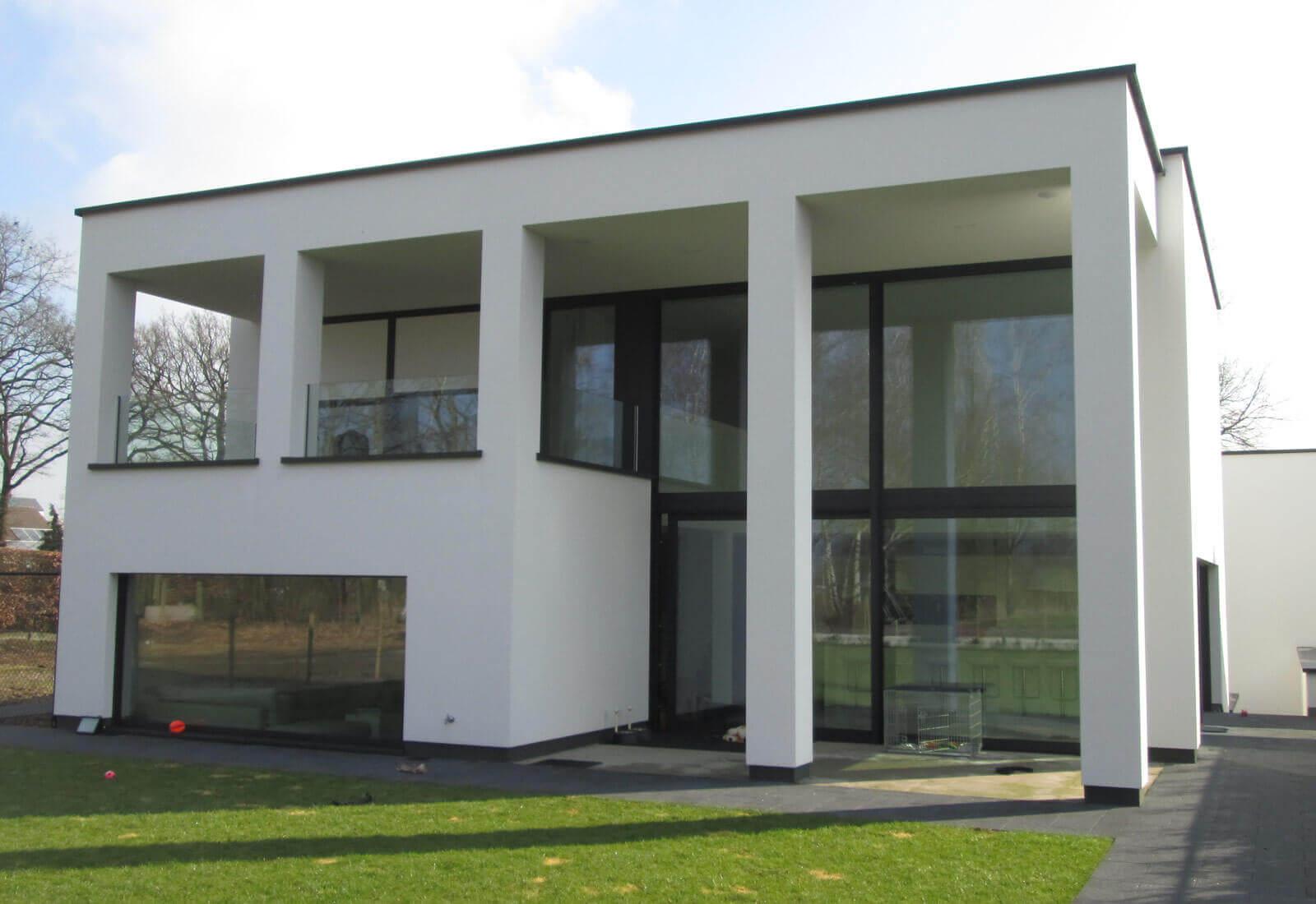 Open moderne ngezinswoning met dubbele inpandige garage studio tec - Zeer moderne woning ...