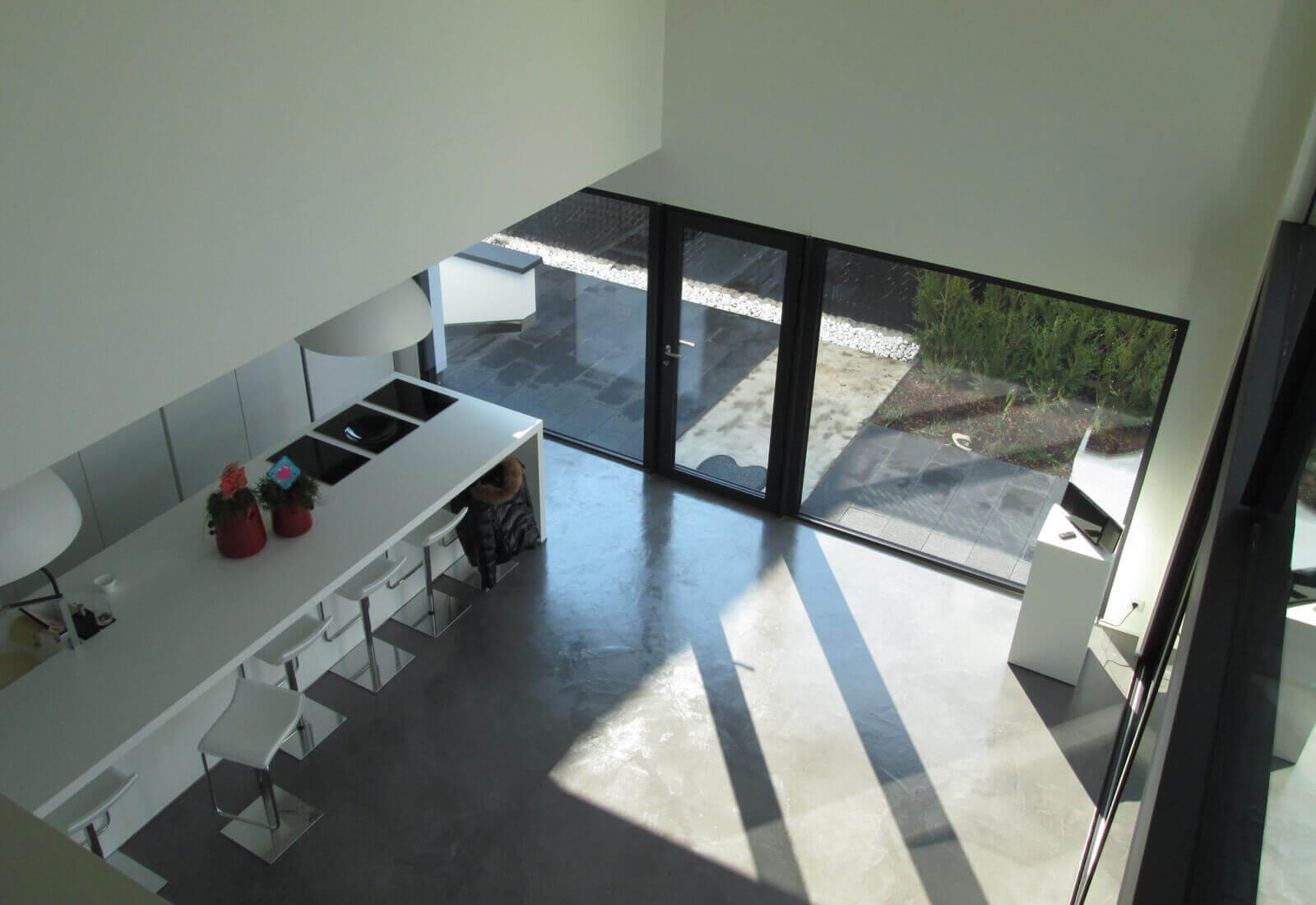 open moderne ngezinswoning met dubbele inpandige garage studio tec. Black Bedroom Furniture Sets. Home Design Ideas